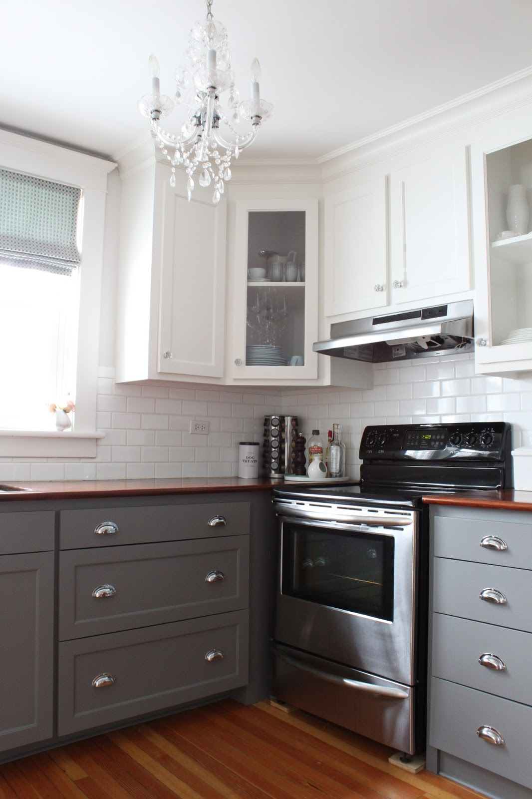 pictures of white kitchen cabinets with brown countertops come ristrutturare una cucina piccola tassonedil 24719