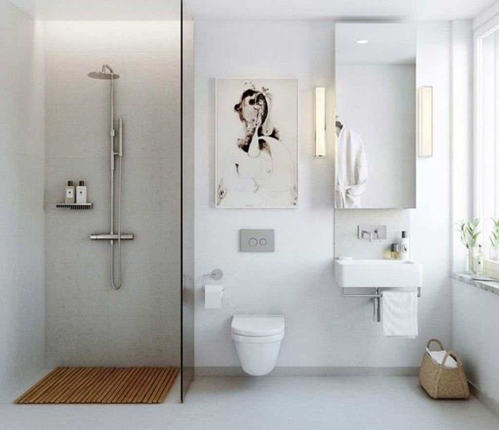 Bagno ridotto per sfruttare gli spazi